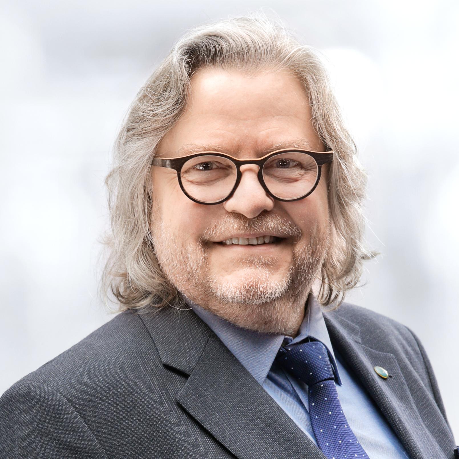 Dr. med. Klaus Doubek